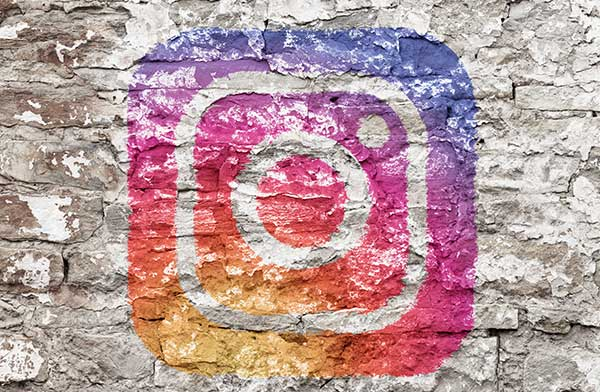 instagram - Instagram finally allows scheduling and auto-posting